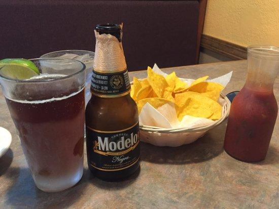 Pre-meal noshing - Ixtapa Grill, Hamden CT