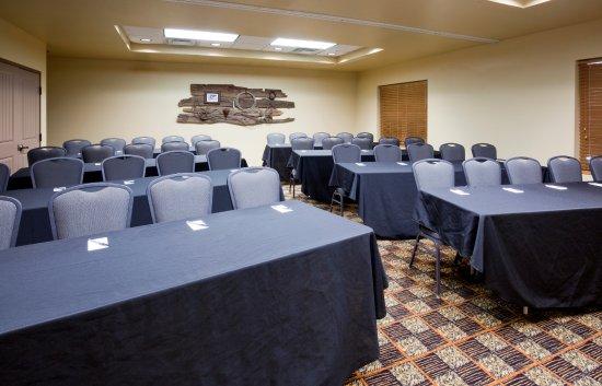 AmericInn Hotel & Suites Fargo South — 45th Street Photo