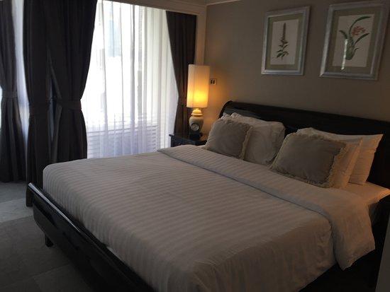 Cape House, Bangkok: A large comfortable bed