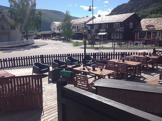 Vagamo, Νορβηγία: Fin uteplass på en solskinnsdag