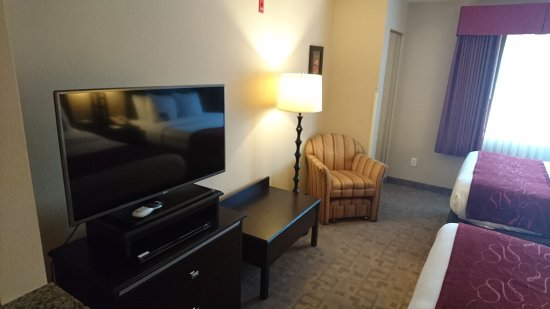 Comfort Suites Denver Tech Center: Stay in June 2017