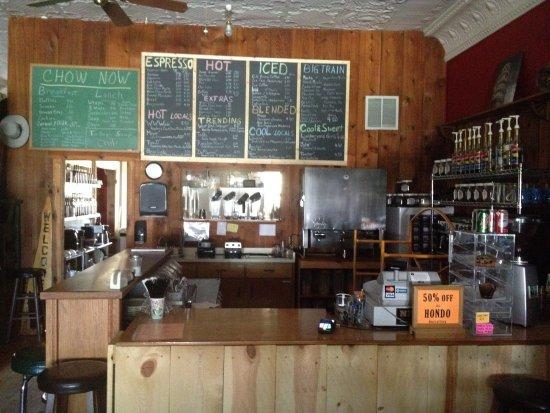 บีช, นอร์ทดาโคตา: Full menu of Espresso and blended beverages, sandwiches, wraps and soup.