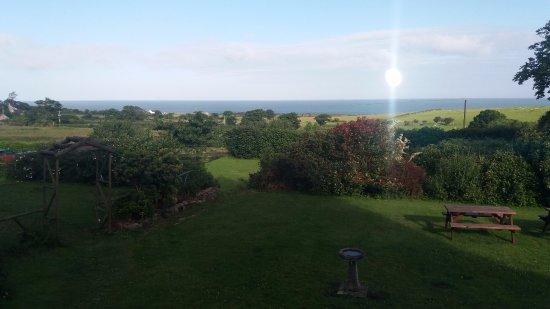 Clynnogfawr, UK: this is the view from where breakfast is served on a good day