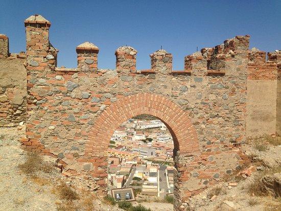 Castillo de Tabernas: Archway with modern refurbishment