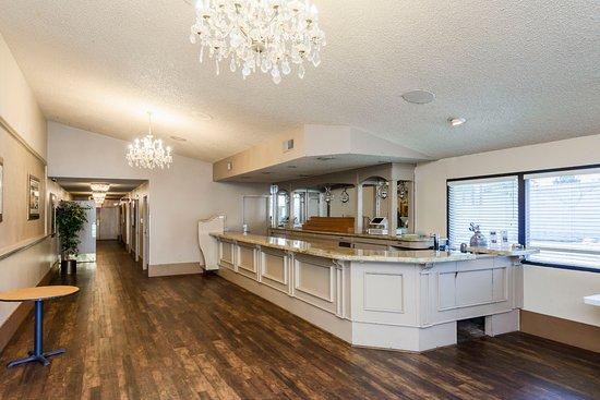 Yuba City, CA: Convention Center Banquet Hall - Bar Area