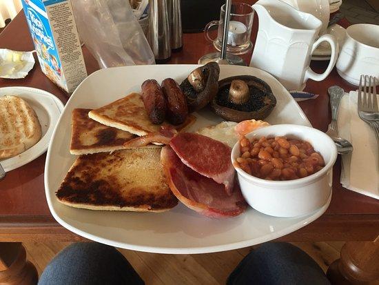 Dungannon, UK : Breakfast