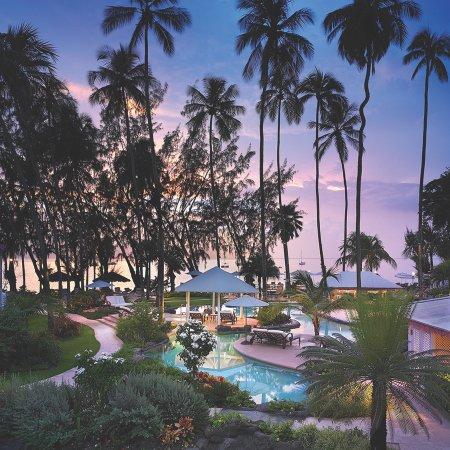 Colony Club by Elegant Hotels: Aerial View