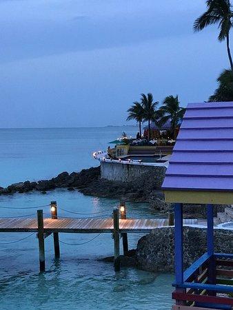 Compass Point Beach Resort-bild
