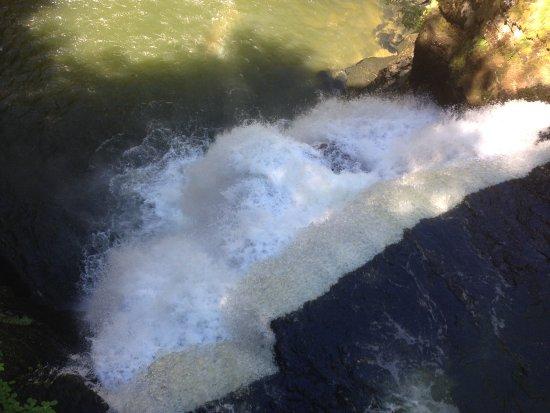 Villers-le-Lac, France: Le Saut du Doubs vu d'en haut