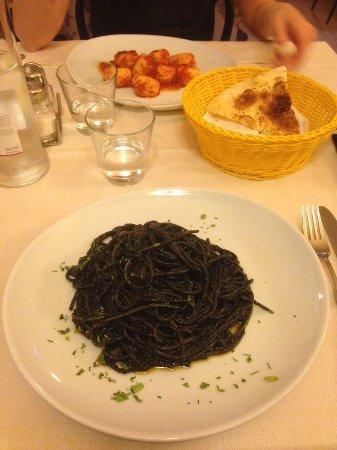 Province of Modena, Italy: Spaghetti alla Vittorio_large.jpg