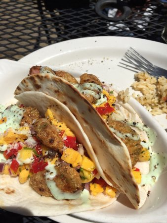 The Governor's Pub: The most delicious Tuna Taco on the planet!