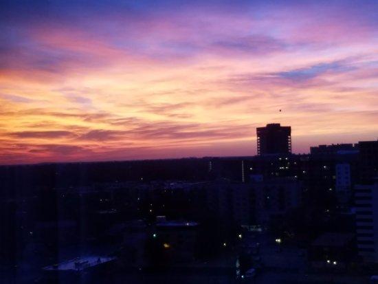 Grand Hyatt Denver Downtown: Sunrise View from 16th floor
