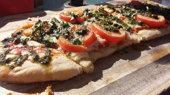 Bel Vino Winery Margarita Flatbread Pizza