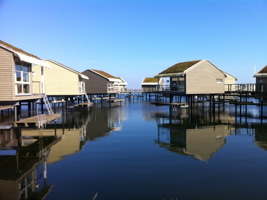 Lauterbach, Германия: View of the pile houses from the pier
