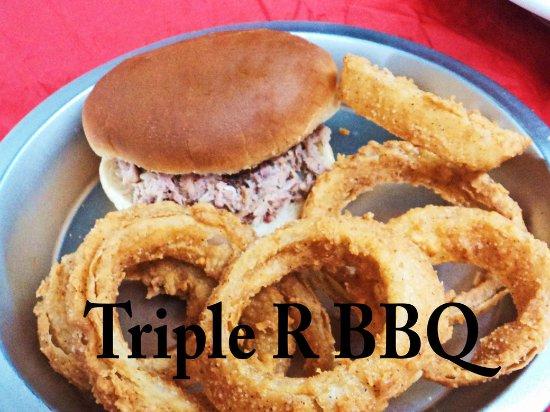 Scottsboro, AL: Triple R BBQ homemade onion rings, BBQ sandwich