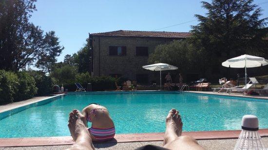 Castel San Gimignano, Italia: Le foto di oggi...