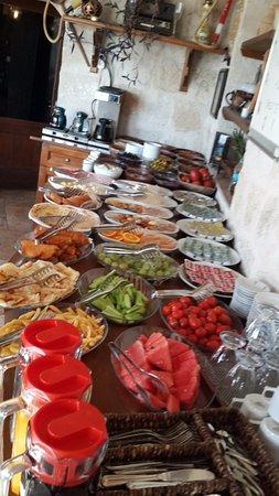 Divan Cave House: Sabah kahvaltısı