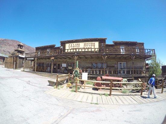 Yermo, Kalifornien: Cidade fantasmo do velho oeste americano. Fica no deserto de Mojave, entre Los Angeles e Las Veg