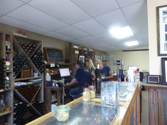 Elk Run Vineyards : Tasting Room