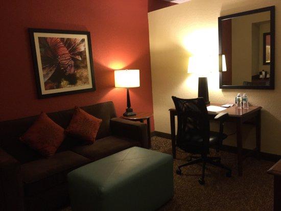 Hampton Inn Boca Raton-Deerfield Beach: Upgraded to a lovely suite