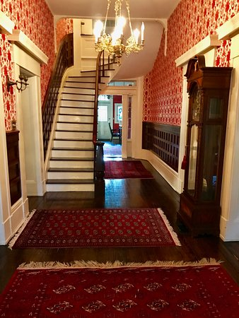 Chillicothe, OH: Entrance Hallway