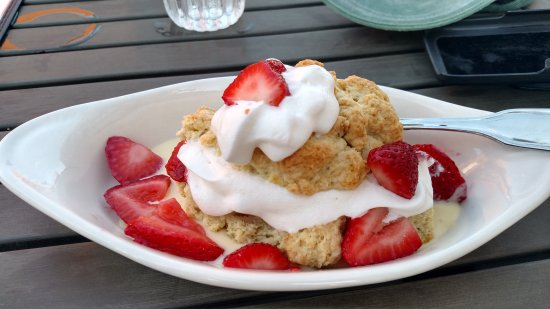 Greenfield, IN: Strawberry shortcake: authentic and delicious