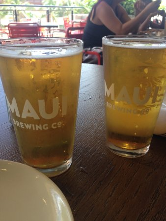 Maui Brewing Company: Something about these appetisers!  Loved the flavours, avocado on toast and fried goat cheese to