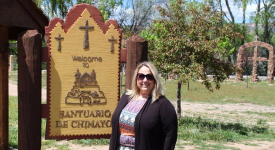 Chimayo, NM: The welcom sign and all the crosses