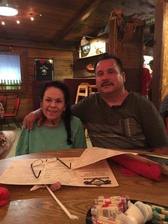 Shawnee, Oklahoma: Family Fun at Bandana Reds!