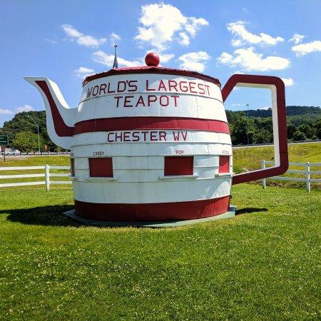 Chester Teapot