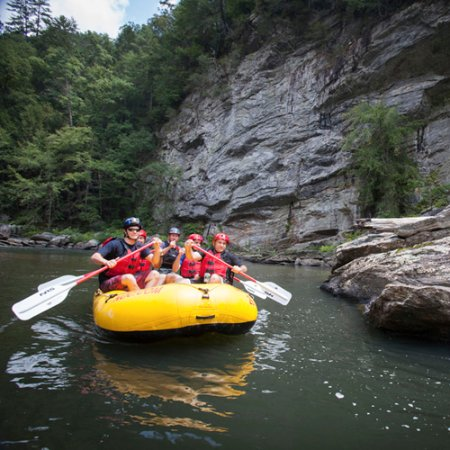Mountain Rest, SC: Experience the scenic Chattooga River with NOC
