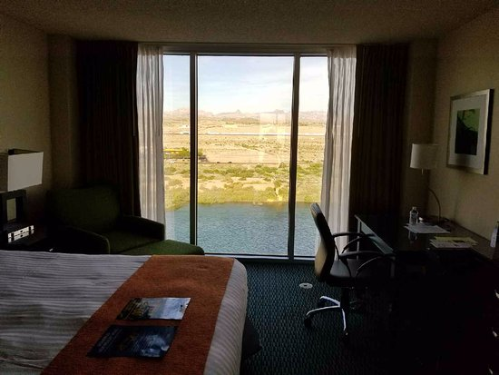 Aquarius Casino Resort: Bedroom view - California Tower #12068