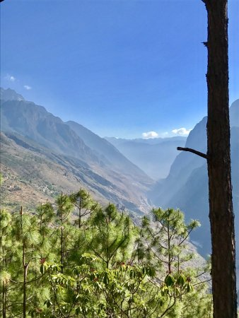 Tiger Leaping Gorge (Hutiao Xia) : photo1.jpg
