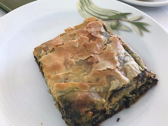 Epiro, Grecia: Spanakopitta - rice and spinach in fyllo pastry