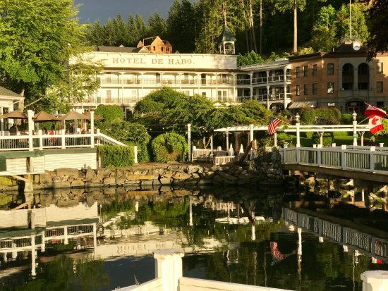 Roche Harbor Resort: View of the main building from the marina.
