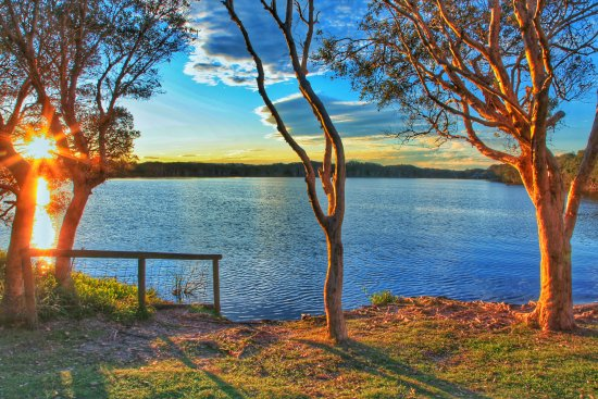 Lennox Head, Australia: Sunset Lake Ainsworth