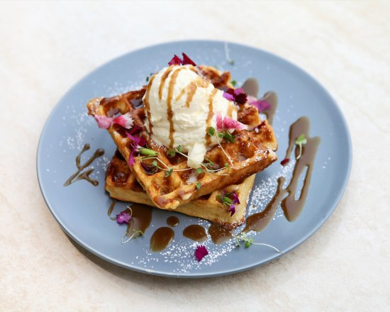 Greater Perth, Australia: Waffles with Caramel Sauce