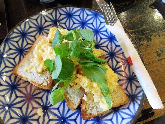 Sunshine Coast, Avustralya: Scrambled eggs on gluten free toast. Loved it.