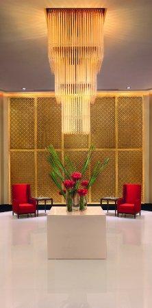 The Oberoi, Mumbai: Lower Lobby