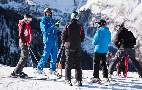 Summit Ski & Snowboard School: A Summit instructor taking his group down the Findeln piste.