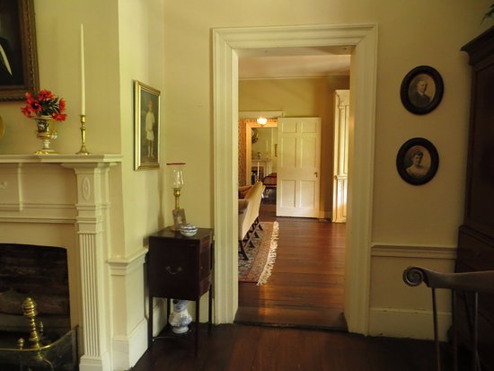 Linden Bed and Breakfast: Tour