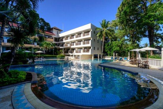 Patong Lodge Hotel: Swimming Pool
