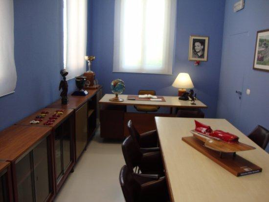 Ufficio Casa Modena : Ufficio del drake foto di museo casa enzo ferrari modena