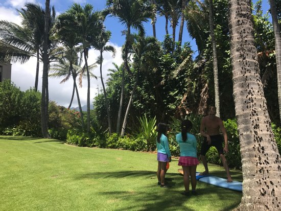 Koloa, هاواي: Corbin was excellent with 3 girls... they all surfed and had a great time- excellent instruction