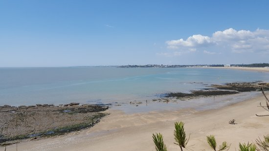 Local beach, 5 minutes from pitch  Photo de Camping Bois  ~ Camping Bois Soleil St Georges De Didonne