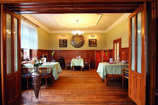 Roznov pod Radhostem, Czech Republic: Interiér restaurace Brasserie Avion, Rožnov pod Radhoštěm