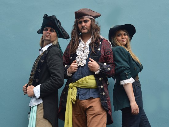 Pirate's Quest: Howell Davis, Captain Calico Jack and Mary Reid are ready to set sail.