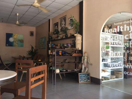 Sweet Sisters Cafe: photo0.jpg