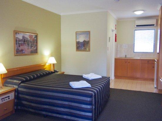 Shenton Park, Australia: Superior queen room with kitchenette