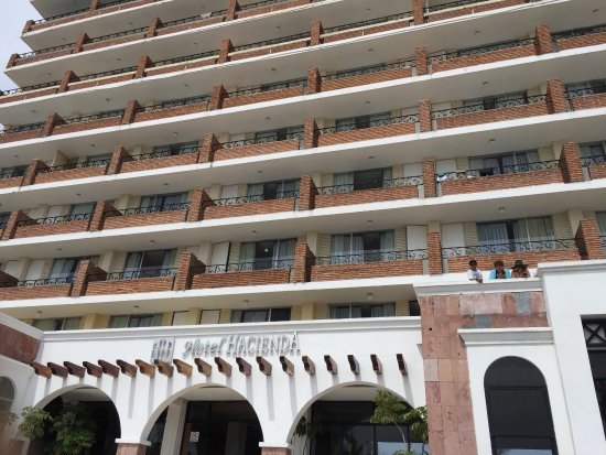 Hotel Hacienda Mazatlan: Front view